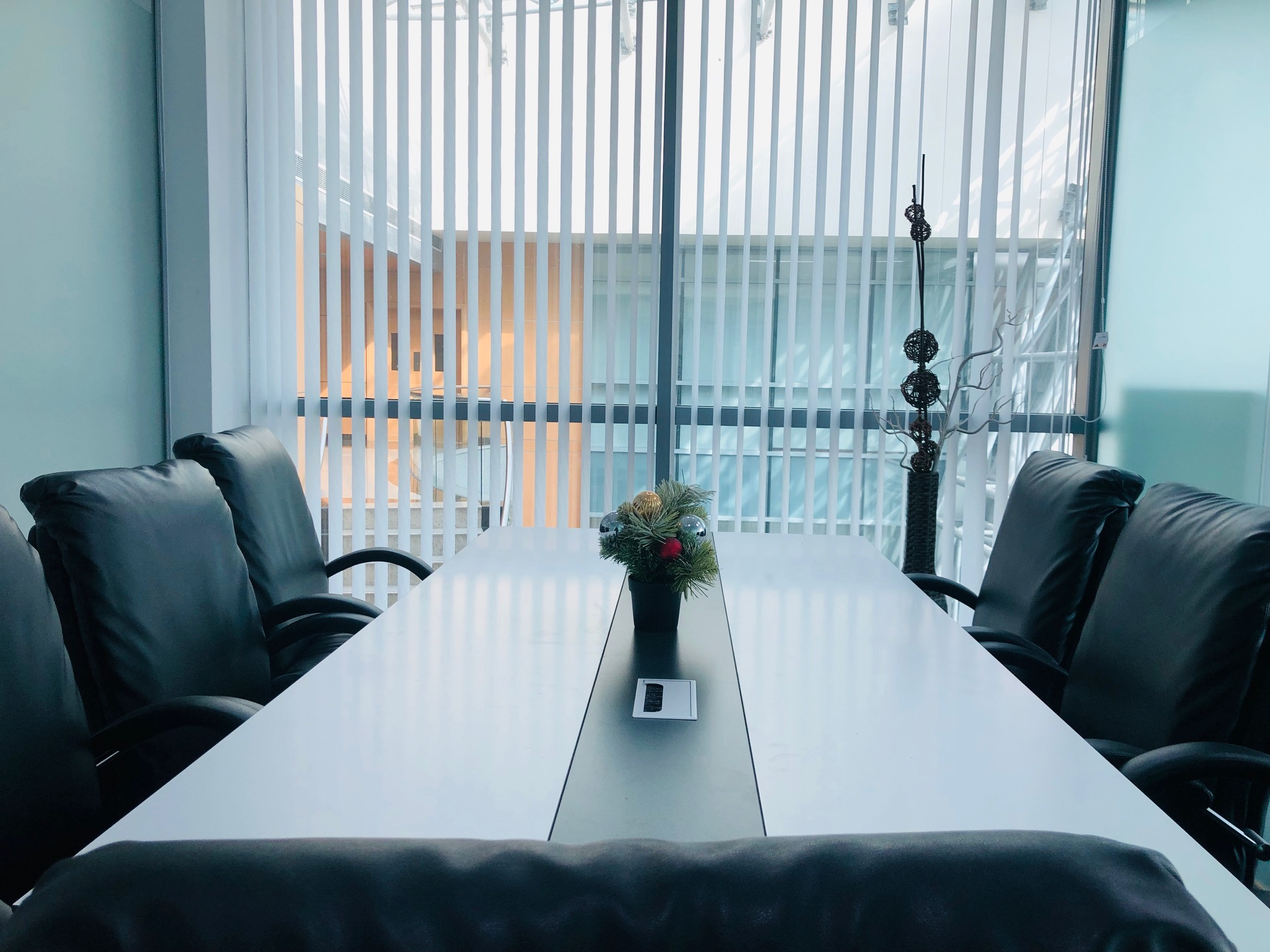 SPACIOUS PRIVATE OFFICE FOR ONLY AED 29,999/YEAR